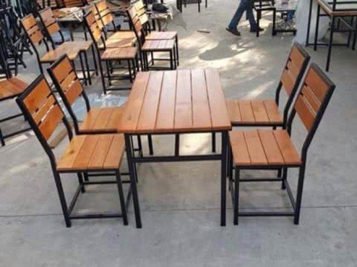 bàn ghế sắt 1